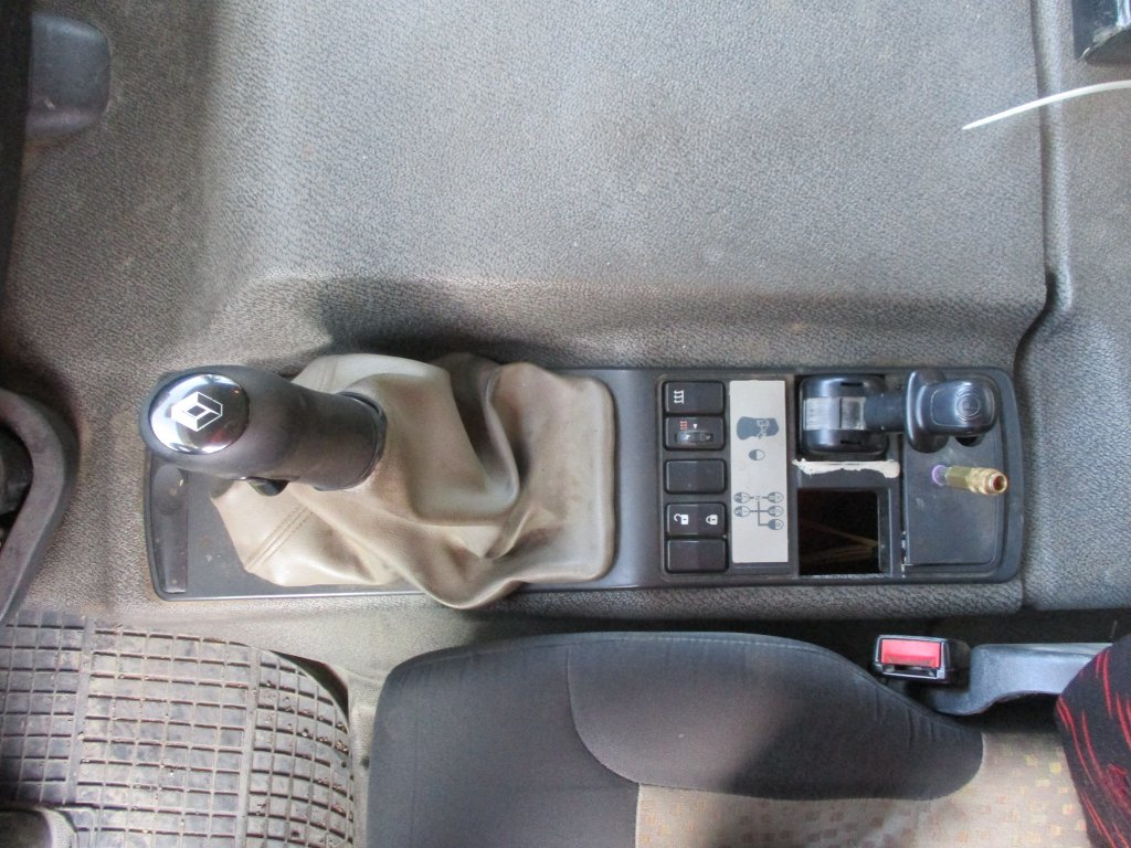 Renault  Kerax 450.35 PR 6x6 S3 Bordmatic