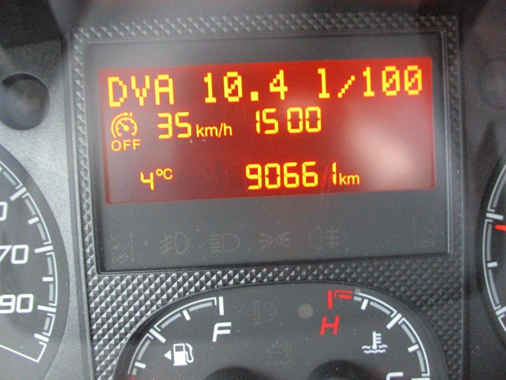 Peugeot Boxer Kombi HDi Luxus