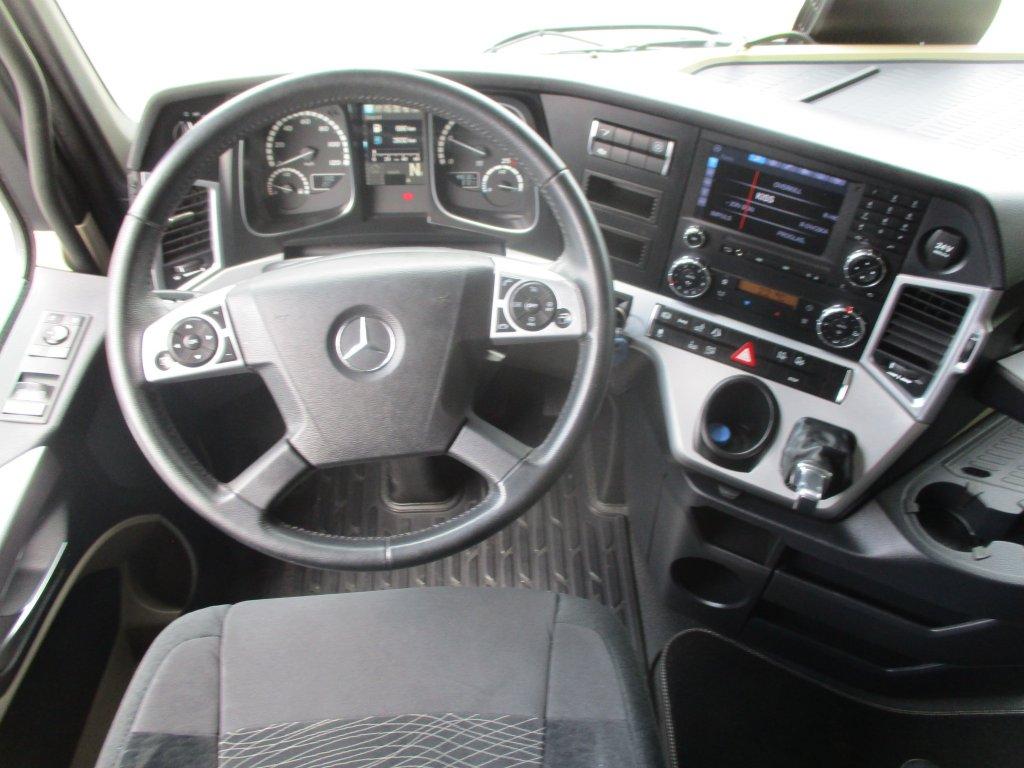 Mercedes-Benz  Actros 2548 6X2 + Panav 2017